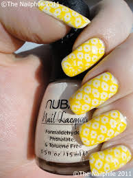 unrange valley yellow nail polish design