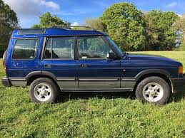 land rover discovery 300 tdi xs estate 2 5 automatic diesel blue