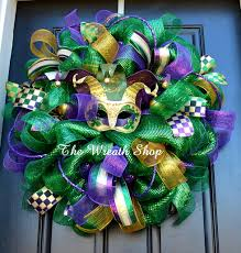 jester mardi gras deluxe green mardi gras wreath with jester mask