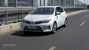 auris toyota auris hybrid review autoevolution