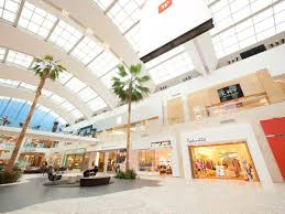 what stores are open on thanksgiving day the cool kid u0027s guide to surviving black friday at la u0026 oc malls