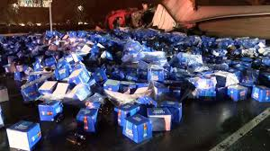 bud light truck driving jobs cases of bud light dumped all over the road after beer truck crash