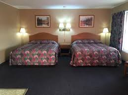 The Red Barn Mt Vernon Mo Usa Inn Updated 2017 Prices U0026 Hotel Reviews Mount Vernon Mo