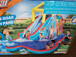 banzai 35076 slide u0027n soak inflatable splash park ebay