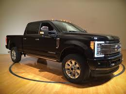 2017 f350 cab lights 2017 ford super duty goes aluminum cab beefs up everything else