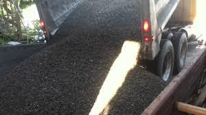 How Much Gravel Do I Need In Yards Dump Truck Dumps 10 Yards Of Gravel Youtube