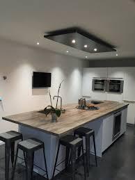 eclairage pour cuisine moderne lustre pour cuisine eclairage design salon marchesurmesyeux