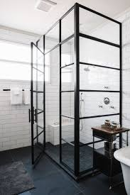 Flooring Ideas For Bathrooms by Best 25 Black Shower Ideas On Pinterest Concrete Bathroom