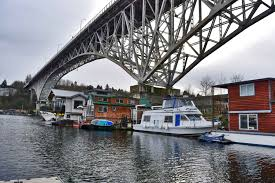 welcome to seattle houseboat