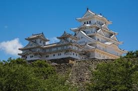 day trip to himeji castle in japan earth trekkers