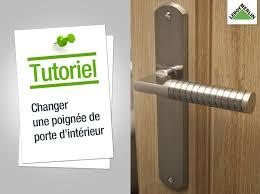 comment poser une porte de chambre comment changer une poignée de porte d intérieur leroy merlin