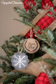 rustic cabin inspired christmas tree