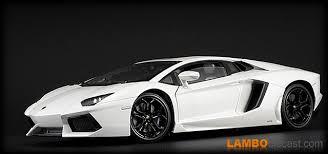 lamborghini aventador lp700 4 white the 1 18 lamborghini aventador lp700 4 from fx models a review by