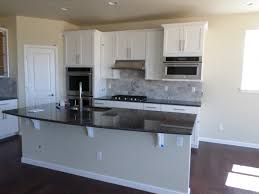 timberlake sonoma painted linen cabinets silver pearl granite
