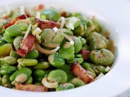comment cuisiner les feves surgel馥s fèves aux lardons par leptitchat21 une recette de fan à retrouver