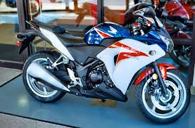 The Production 2017 Honda Cbr250rr Lightweight Super Sports