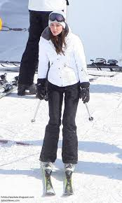 duchess kate adorable photos released of the cambridges u0027 ski