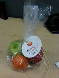 Fruit Delivery Gifts Best 25 Fruit Gifts Ideas On Pinterest Pie Delivery Sweet