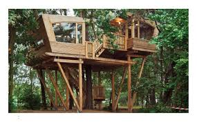 Treehouse Examples Treehouses Small Spaces In Nature Amazon Co Uk Andreas Wenning