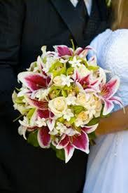 Bouquet For Wedding Best 25 Stargazer Lily Bouquet Ideas On Pinterest Stargazer