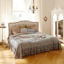 Schlafzimmer Lampe Romantisch Einrichtungsidee Französischer Schlafzimmer Traum Loberon