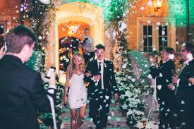 wedding ideas what should guests toss at your wedding inside