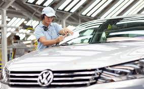 volkswagen china volkswagen chattanooga workers vote 712 to 626 against uaw