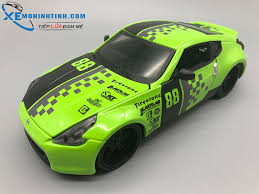 xe nissan 370z gia bao nhieu xe mô hình nissan 370z 2009 1 24 maisto xanh xemohinhtinh com