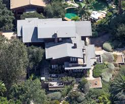 Angelina Jolie Mansion by Take A Look Back At Brad Pitt And Angelina Jolie U0027s Shared Real