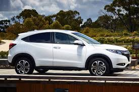 honda crossroad 2016 honda hr v vs mazda cx 3 vs mitsubishi asx which small suv should