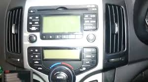 how to remove the factory radio from a hyundai i30 youtube