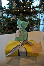 green holiday gift wrapping bexbernard