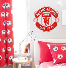 manchester united wall art shenra com manchester united crest wall art decal wall decal wall art