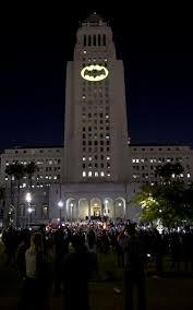 Batman Lights Bright Knight Bat Signal Lights Up Los Angeles In Tribute To Adam