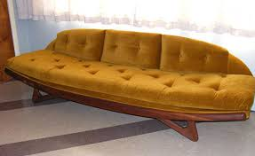 Vintage Sofa Bed 16 Awesome Vintage Sofas From Readers U0027 Houses Retro Renovation