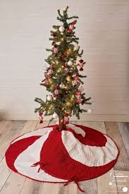 Peppermint Twist Tree Skirt Using Falling Snow Tree Skirt Snowing Tree Tree