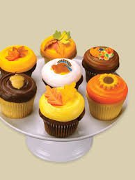 decorating idea autumn thanksgiving cupcakes