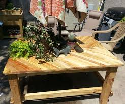 Pallet Furniture Patio by Pallet Wood Patio Table 5 Steps With Pictures