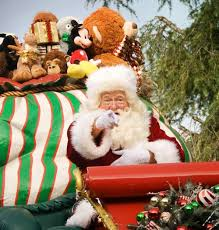 guide to holidays holidays at disneyland 2016 your complete guide