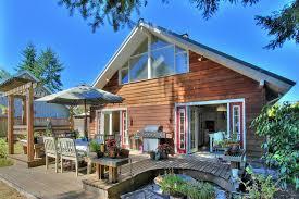 Roof Trellis Rustic Patio With Cedar Deck U0026 Outdoor Umbrella In Seattle Wa