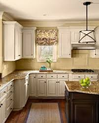 Dewils Creme Brulee Paint With by White Painted Glazed Kitchen Cabinets Kitchen Crafters