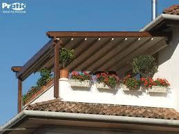 tettoia in legno per terrazzo copertura terrazzo in legno lamellare da esterno