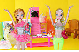 Dolly And Me Clothing Frozen Elsa And Anna Clothes Shopping Parody Disney Frozen Barbie