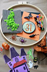 Halloween Wreath Supplies by Halloween Hoop Art Wreath