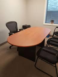 dsi racetrack shape meeting table kitchener waterloo used office