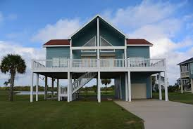 Beach Houses On Stilts by Vacation Rental Homes In Crystal Beach Texas