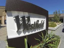 unibail rodamco siege social unibail rodamco acquiert l australien westfield pour 24 7 milliards