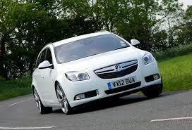 vauxhall insignia sports tourer review 2009 2017 parkers
