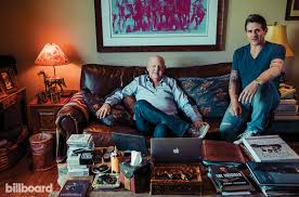 Desk Pop The Other Guys Father Son Management Team Michael U0026 Nick Lippman On Rooming With