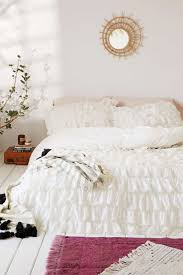 Waterfall Comforter The 25 Best Ruffle Duvet Ideas On Pinterest Vintage Bedding
